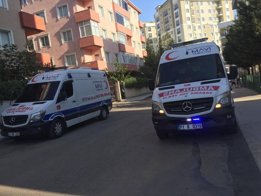 tuzla da ikili ambulans resimi